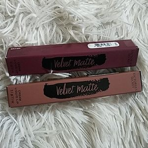 2 Velvet Matte Victoria's Secret Lip Color